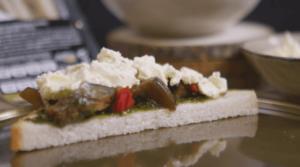 sándwich verduras con mascarpone